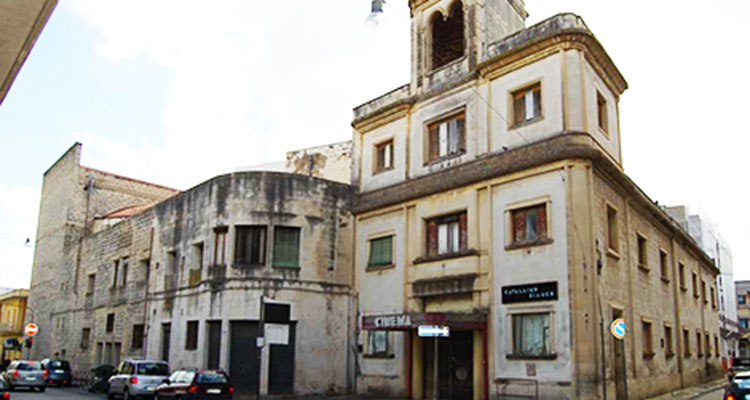 TEATRO CAVALLINO BIANCO – Galatina