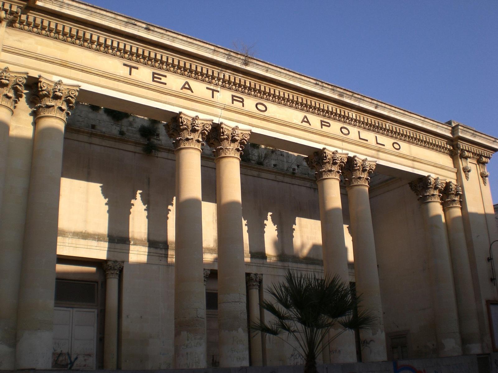 TEATRO APOLLO – Lecce