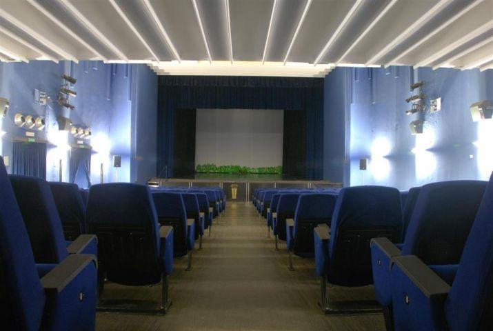 CINEMA TEATRO ROYAL – Bari